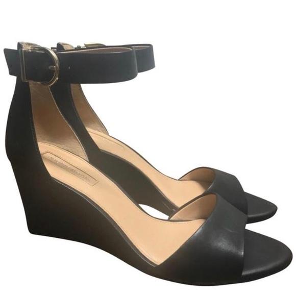 115c6c79e165 ANTONIO MELANI Shoes - Antonio Melani Lynnette wedges
